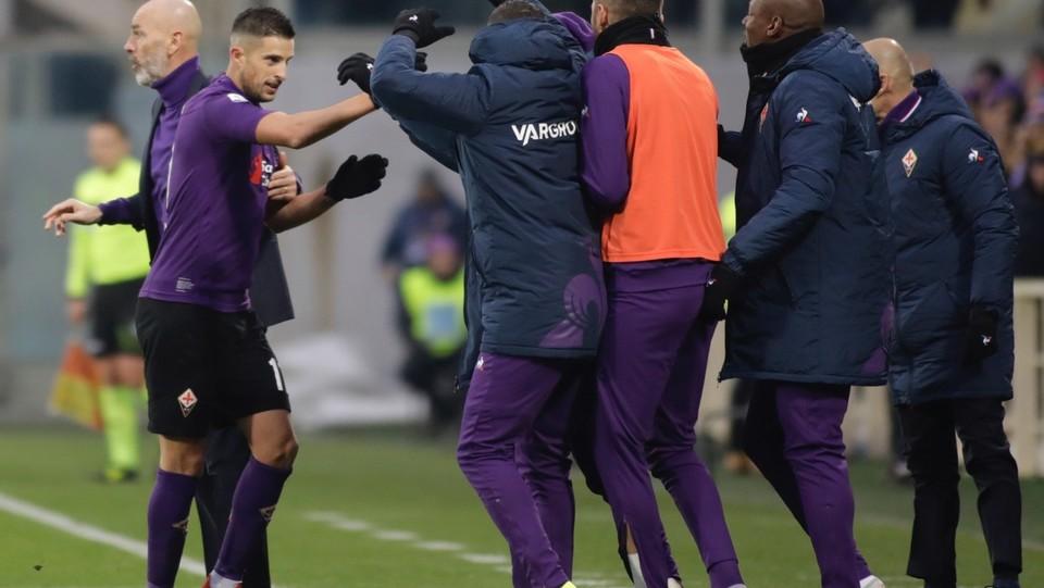 La Fiorentina festeggia per il gol del pareggio ©