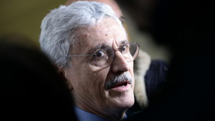 Pd, D'Alema fa discutere i candidati: ed è scontro Calenda-Zingaretti