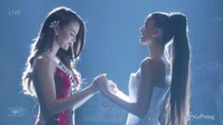 Miss Universo, vince la 24enne delle Filippine