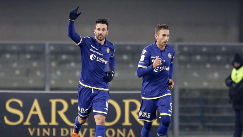 Verona-Pescara 3-1. Di Carmine esulta dopo il rigore ©