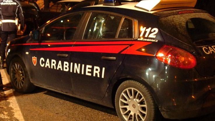 Vado Ligure, si dà fuoco a 18 anni nello stesso punto dove si suicidò il padre