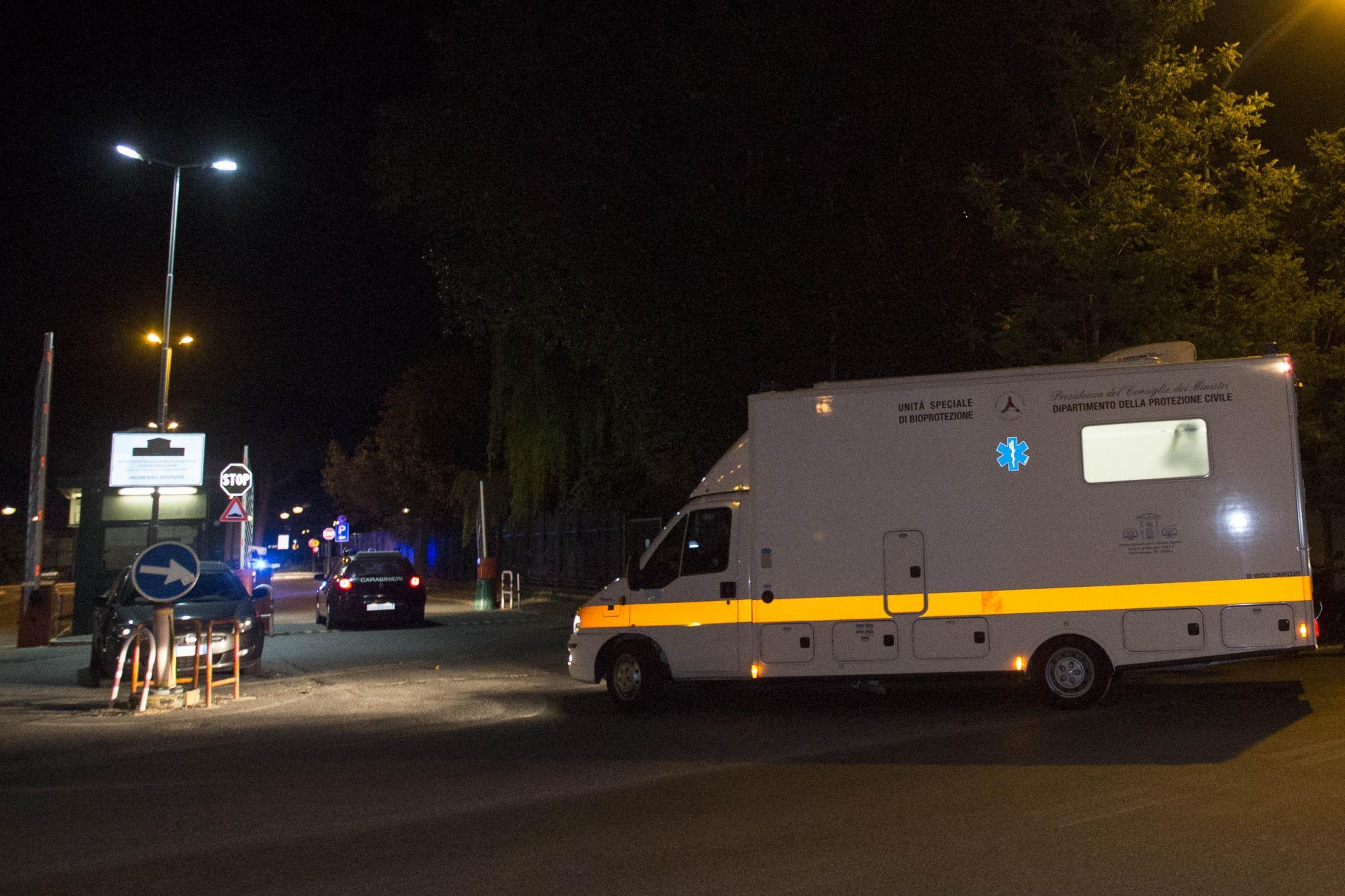 Roma, si uccide dandosi fuoco all'ospedale Spallanzani
