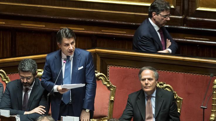 """Manovra, Conte: """"Il dialogo ha evitato la procedura di infrazione"""". Di Maio e Salvini rassicurano: """"L'Iva non aumenterà"""""""