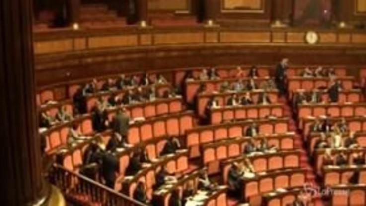 Manovra: oggi il maxiemendamento al Senato, stasera il voto di fiducia