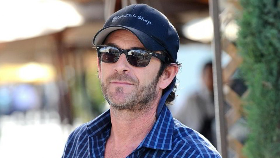 LukePerry(Dylan) ©