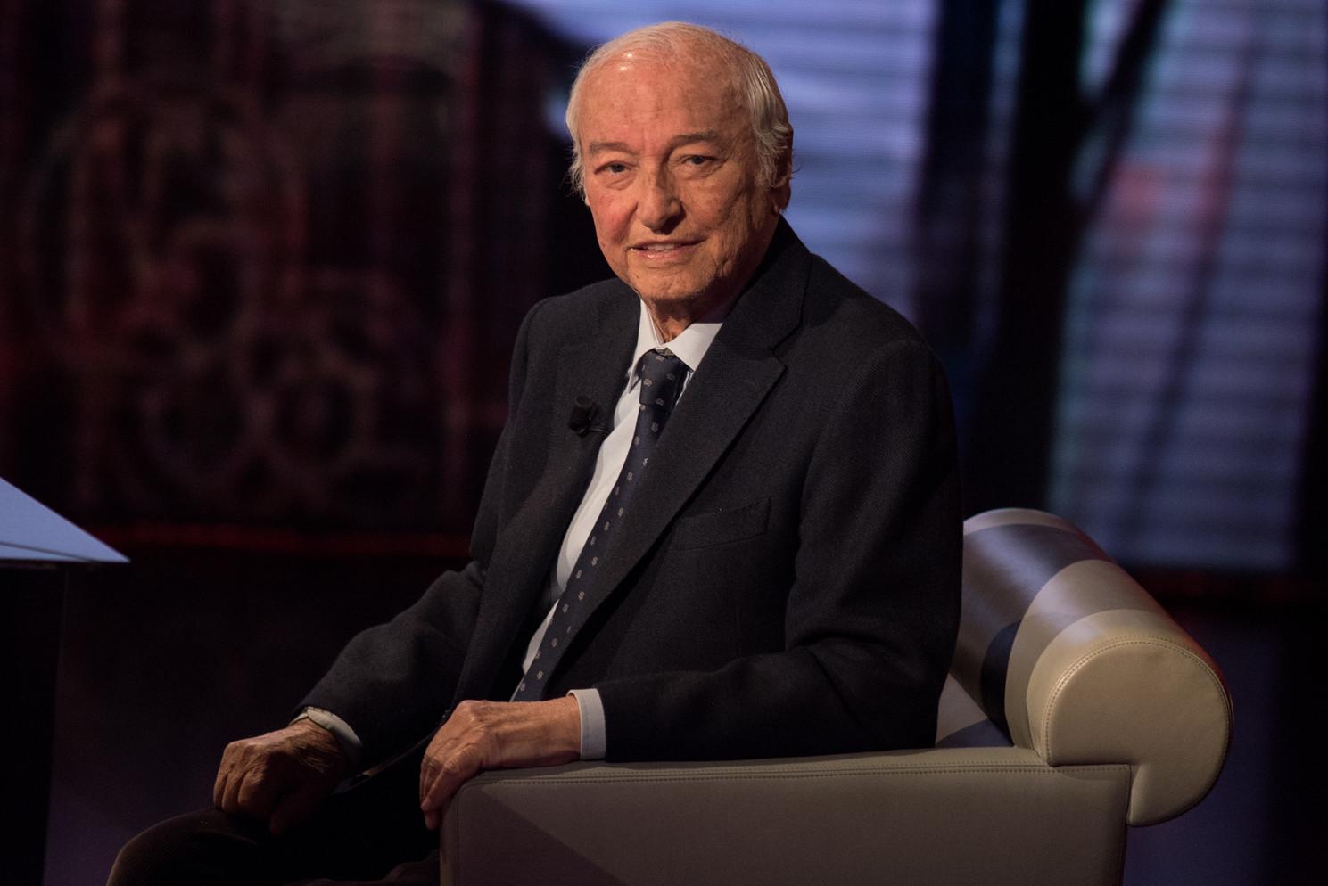 Tanti auguri a Piero Angela: il padre della divulgazione in Tv compie 90 anni