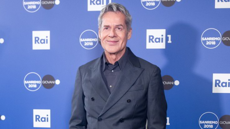 """Sanremo, Baglioni dirottatore artistico: """"Voglio un Festival d'avanguardia"""". Contatti con Bisio, Incontrada, Morandi e Raffaele"""