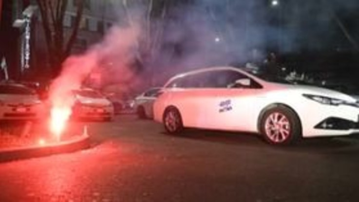 Protesta tassisti, Milano bloccata per la contestazione alla manovra