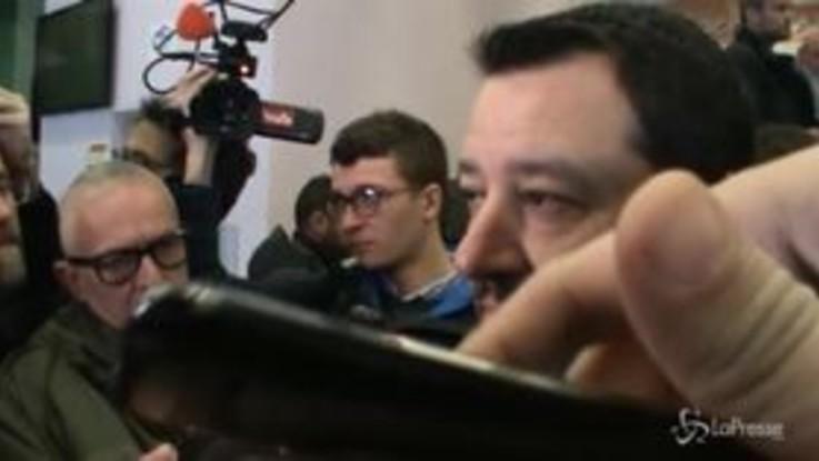 """Dl sicurezza, Salvini: """"Sacerdoti critici? Se c'è chi non ha capito lo aiuterò"""""""