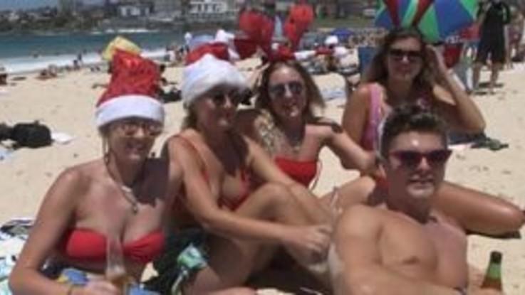 Australia, il Natale si festeggia in spiaggia
