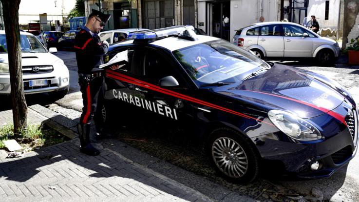 Pesaro, agguato in centro: uomo ucciso a colpi di pistola. E' il fratello di un pentito della 'ndrangheta