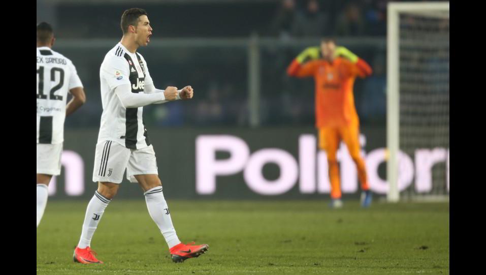Ronaldo esulta dopo il 2-2 ©