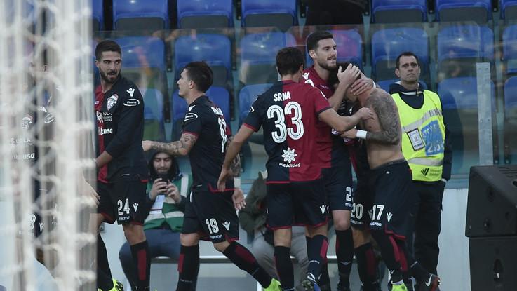 Serie A, Farias stende il Genoa: il Cagliari ritrova sorriso