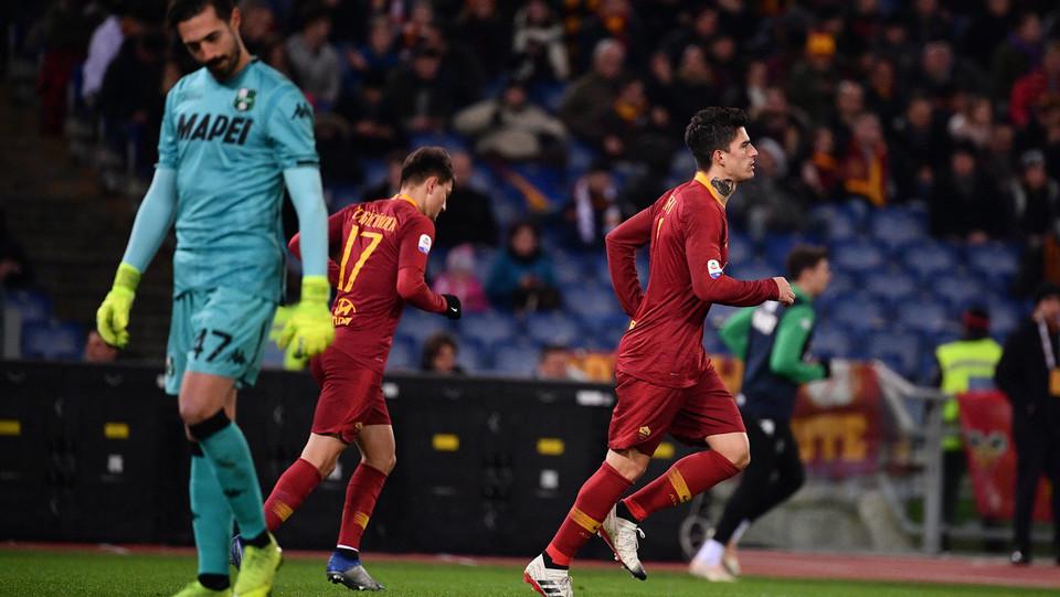 Perotti esulta dopo il gol ©