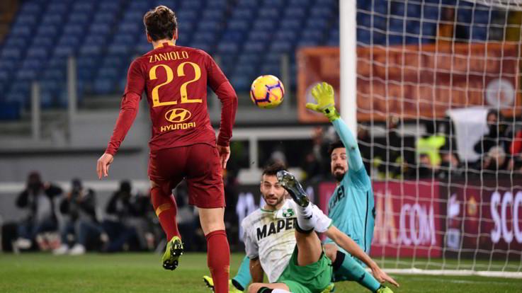 Serie A, Schick ritrovato e perla Zaniolo: la Roma travolge il Sassuolo 3-1