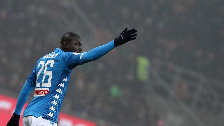 """Koulibaly dopo i cori razzisti: """"Io senegalese, francese, napoletano: uomo. Orgoglioso del colore della mia pelle"""""""