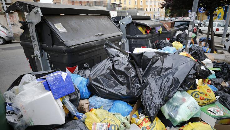 """Roma, città nel degrado. Codacons all'Unesco: """"Così non è più Patrimonio dell'umanità"""""""