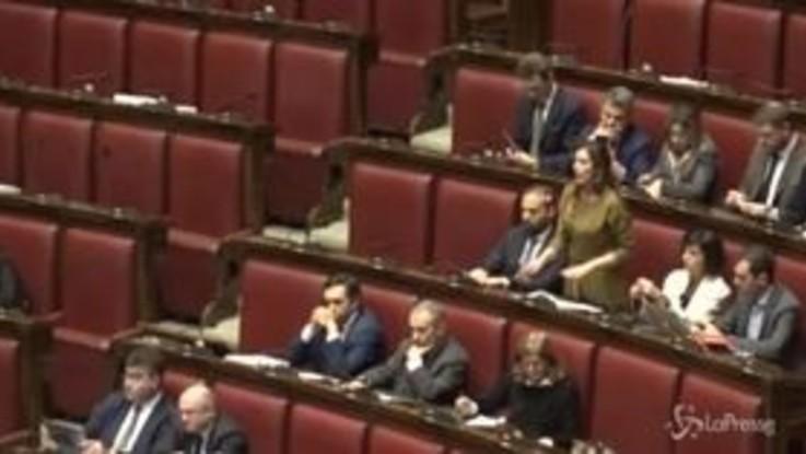 """Proteste dei pensionati sulla manovra, Boschi attacca Fico: """"Ha fatto i suoi interessi e quelli del M5s"""""""