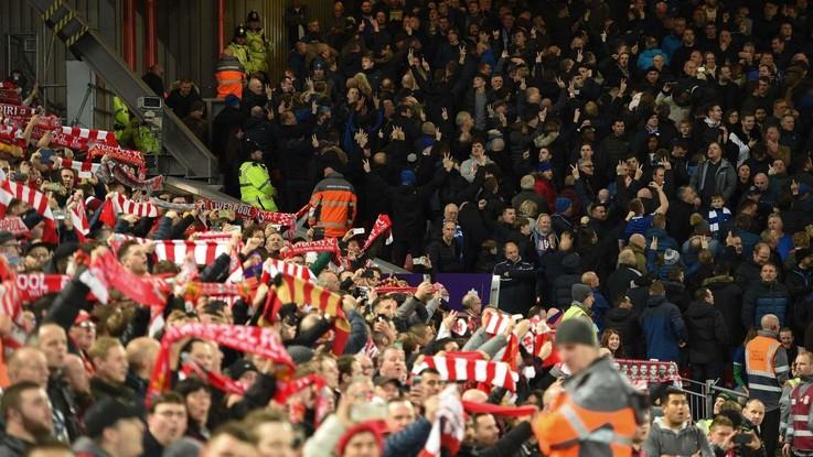 Violenza negli stadi e razzismo in Inghilterra: leggi e situazione attuale