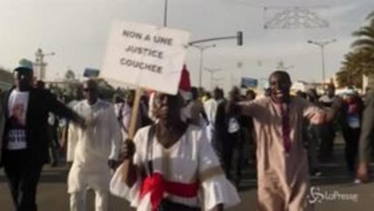 """Senegal, la manifestazione per """"elezioni giuste e trasparenti"""""""