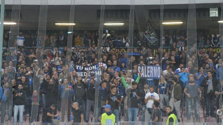 """Inter-Napoli, il capo degli ultras neroazzurri in questura. La madre del tifoso morto: """"Lasciate in pace mio figlio"""""""