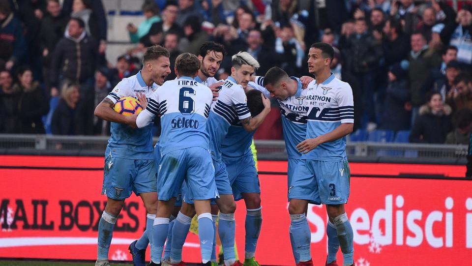 La Lazio festeggia il gol di Milinkovic-Savic ©