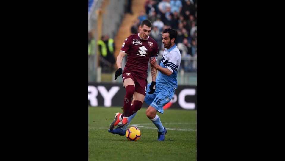 Belotti (Torino) e Parolo (Lazio) ©