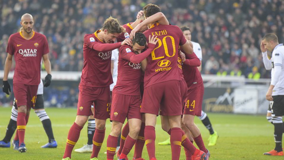 La Roma esulta per il vantaggio ©