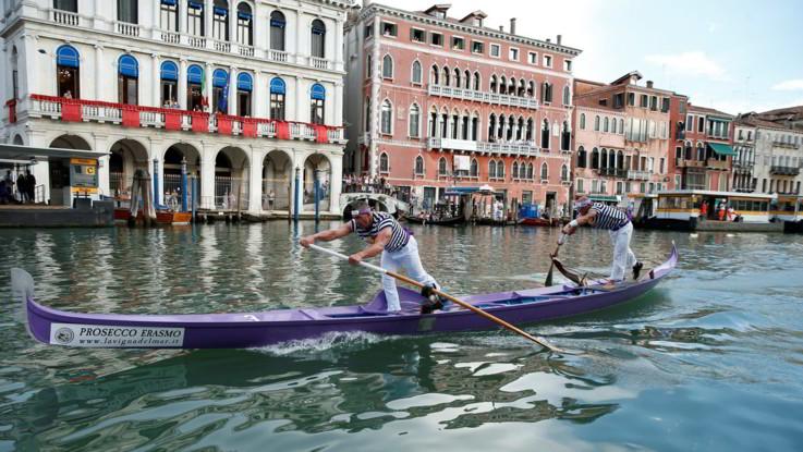 Manovra, ticket d'ingresso per Venezia: da 2,5 a 5 euro per chi entra in città