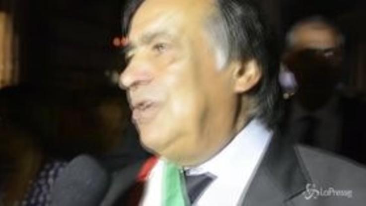 Il sindaco di Palermo Orlando sospende il decreto Salvini