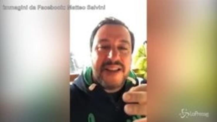 """Salvini: """"J-Ax è solo un poveretto"""""""