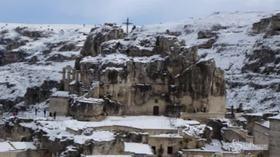 Neve a Matera, i sassi imbiancati