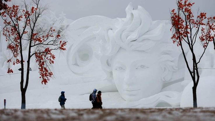 Cina, la meraviglia delle sculture di ghiaccio a Harbin