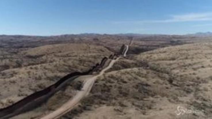 Shutdown negli Usa, Trump vuole il muro al confine con il Messico