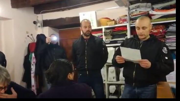 """Tredici indagati per l'irruzione skinheads nella sede di """"Como senza frontiere"""""""