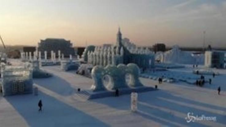 Le spettacolari sculture di neve e ghiaccio al Festival cinese
