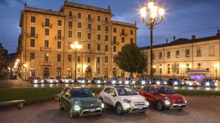 Fiat 500x Cross Mirror: sempre connessa