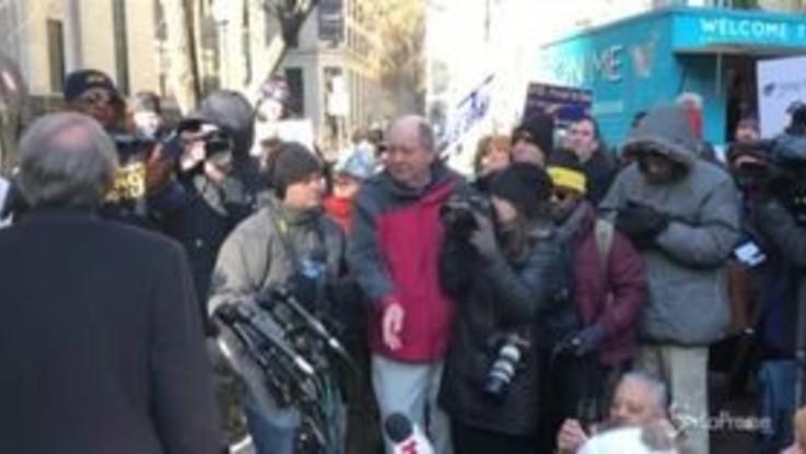 Usa, continua lo shutdown: le proteste dei federali senza stipendio