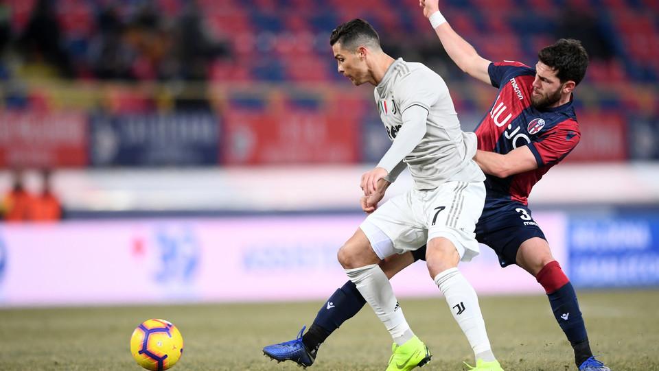 Il portoghese entra nel finale di match ma non fa male al Bologna. Bianconeri ai quarti ©