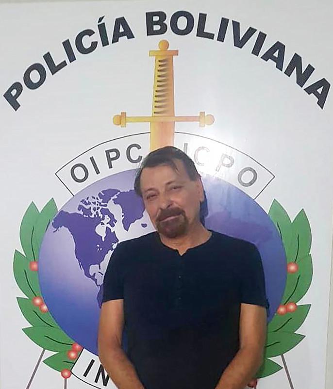 """Battisti in volo verso l'Italia dalla Bolivia. Bonafede: """"Così sconterà ergastolo"""""""