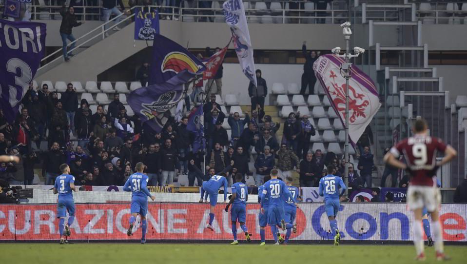 La Fiorentina esulta dopo il gol ©