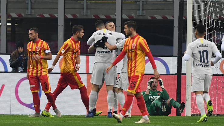 Coppa Italia, Inter ai quarti con un tennistico 6-2 al Benevento