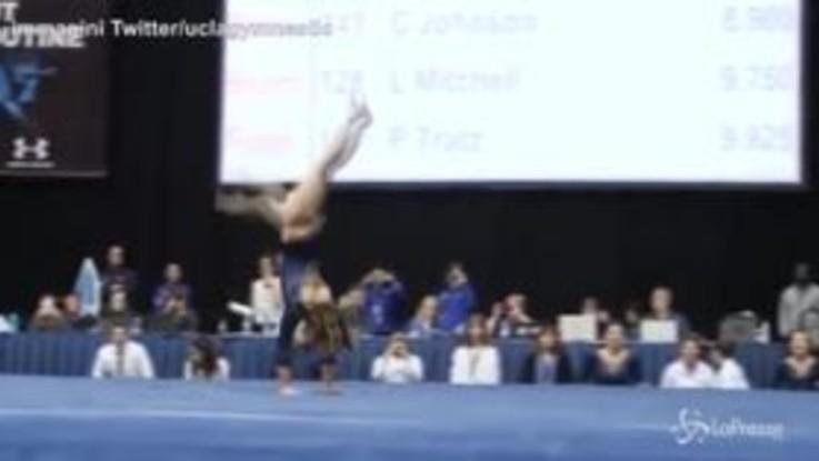 Acrobazie e passi di danza: l'esibizione della ginnasta è da 10