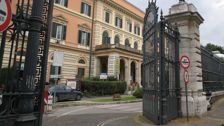 Meningite, muore a Roma un quindicenne. Avviata la profilassi. Non era vaccinato