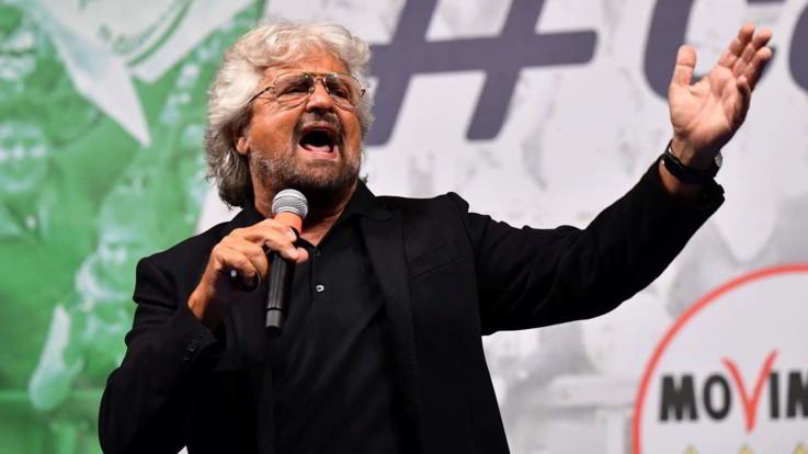 """Beppe Grillo fischiato a Oxford. Gli studenti: """"Imbarazzante"""""""