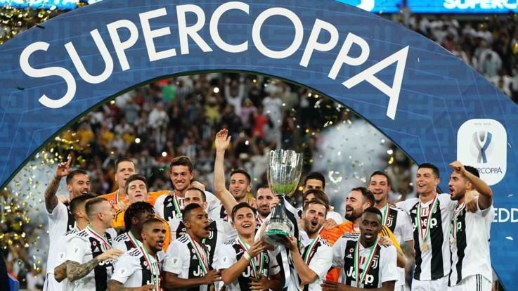 Supercoppa Italiana, le pagelle di Juventus-Milan: Douglas Costa pericoloso, incubo Kessié