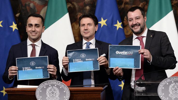Quota 100 e reddito di cittadinanza.  Le novità nelle slide di Di Maio e Salvini