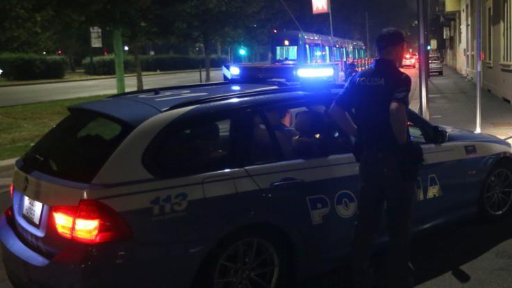 Caserta, in fuga dalla polizia finiscono su un tir: quattro morti