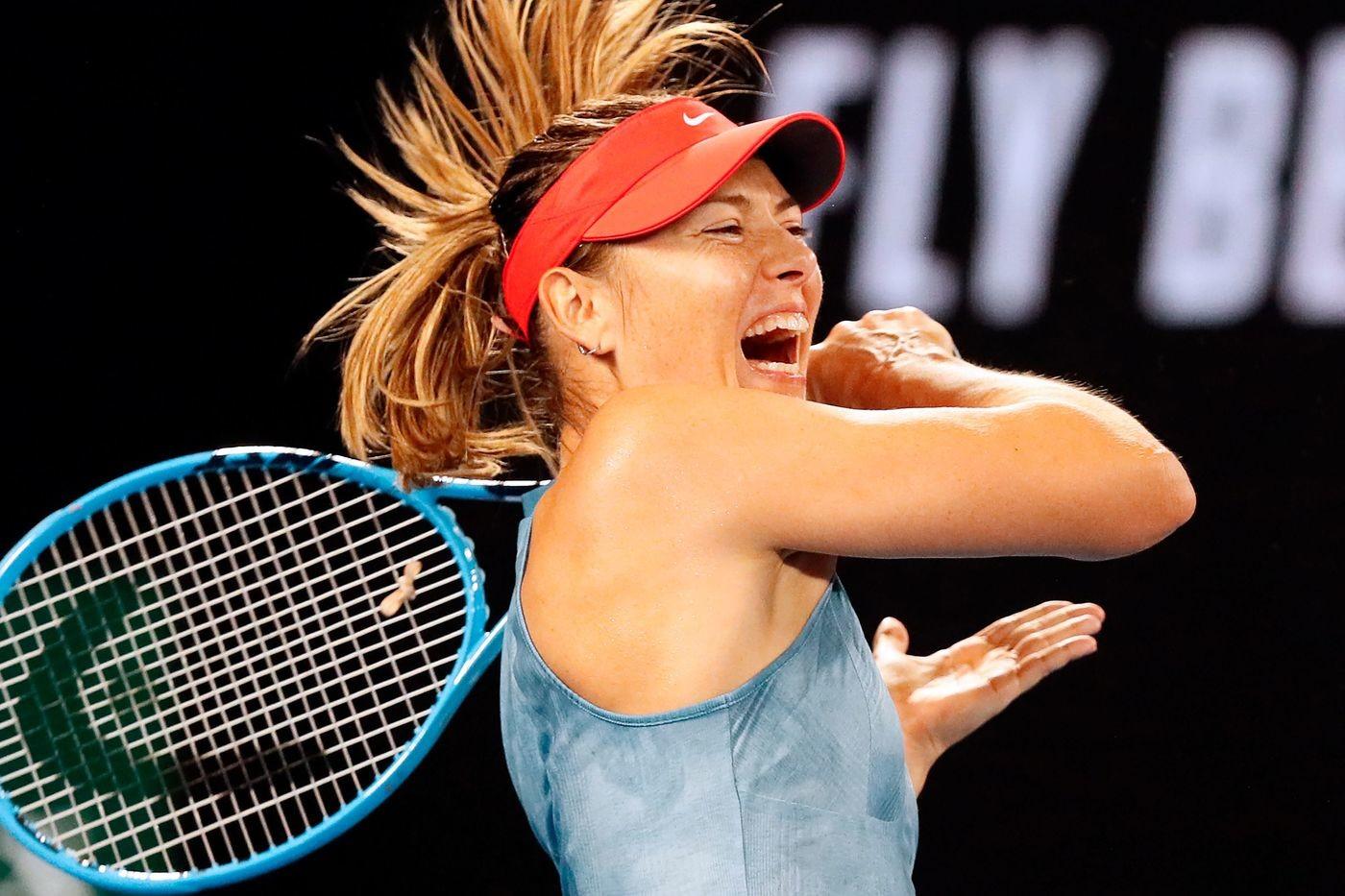Australian Open, avanti Sharapova e Federer. Stop per Seppi e Fabbiano