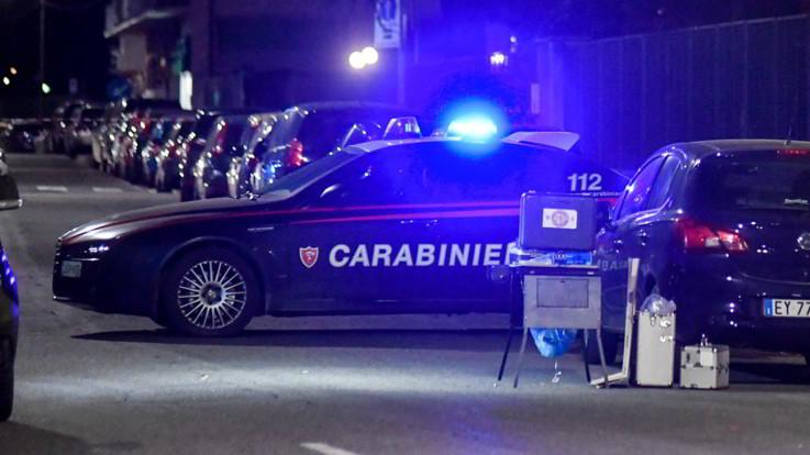 Empoli, 32enne muore durante un fermo di polizia: aveva mani e piedi legati